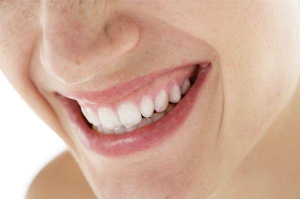 Eine Parodontose-Therapie bietet zahlreiche Vorteile